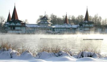 Озеро зимой, Хевиз