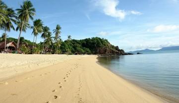 Пляж курорта