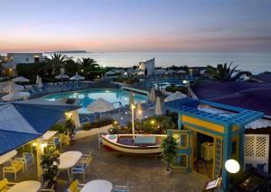 отель на закате, Греция