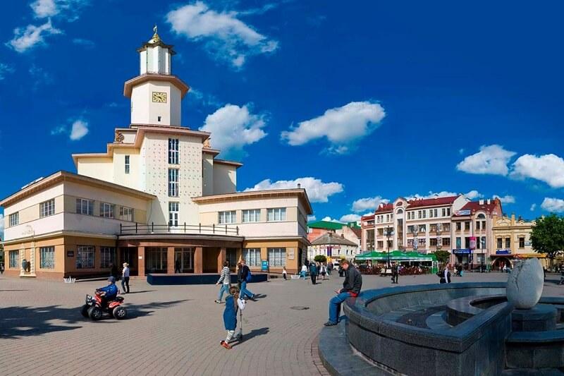 Ивано-Франковск, перелеты из Киева