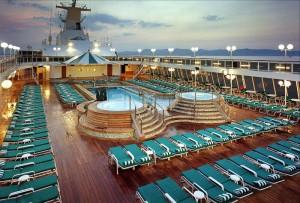 Палуба круизного лайнера