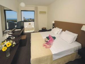 номер в готелі Christofinia Hotel
