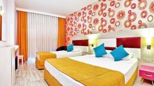 номер у готелі Ramada Resort Side