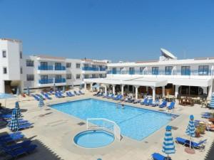 гарячий тур на Кіпр