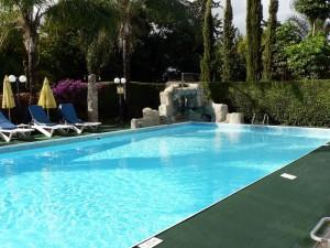 бассейн отеля Estella Hotel & Apts, Кипр