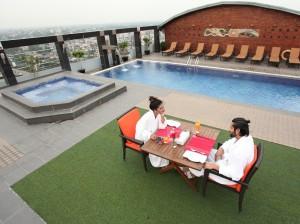 готель Dhaka Regency Hotels & Resorts