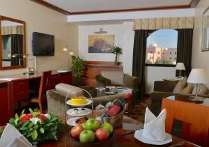 номер в Ramada Hotel