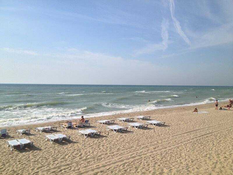 пляжний відпочинок в Затоці