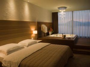 Номер отеля Maestral Resort & Casino 4*, Пржно (Черногория)