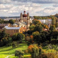 МАУ начала летать из Львова в Вильнюс