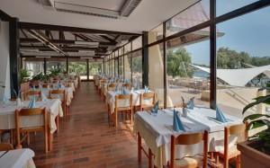 ресторан в отеле Amarin Resort 4*, Ровинь, Хорватия