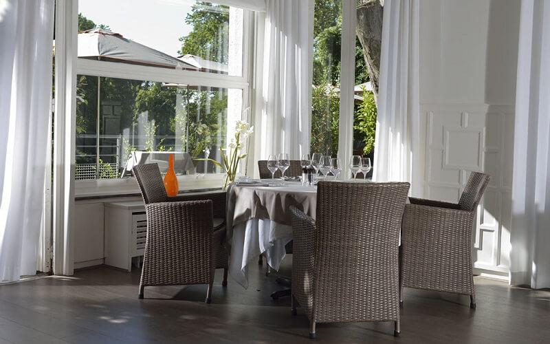 інтер'єр ресторану La Reserve Rimbaud