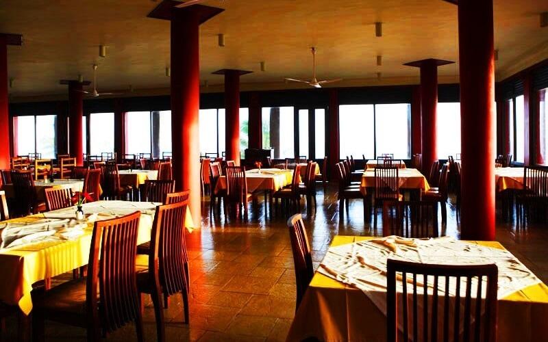 ресторан в отеле Club Koggala Village 3*, Коггала, Шри-Ланка