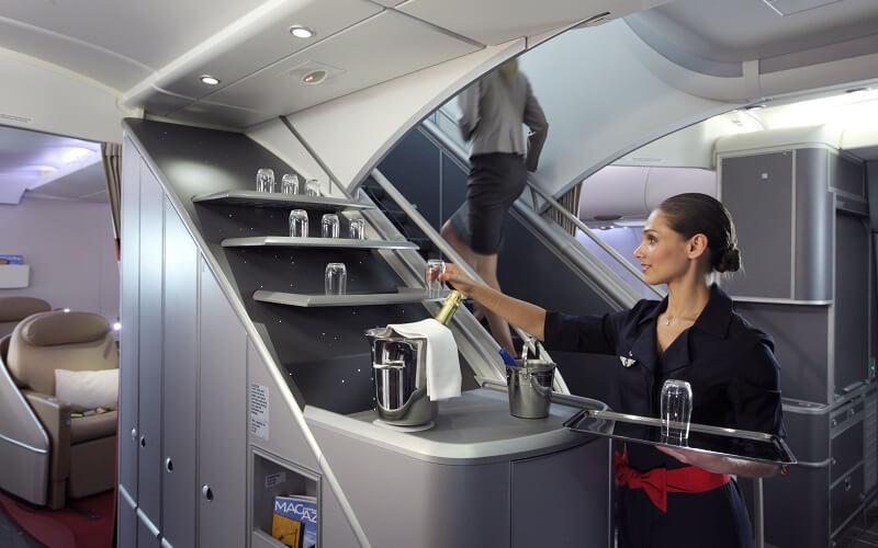 обслуживание на борту авиаперевозчика Air France