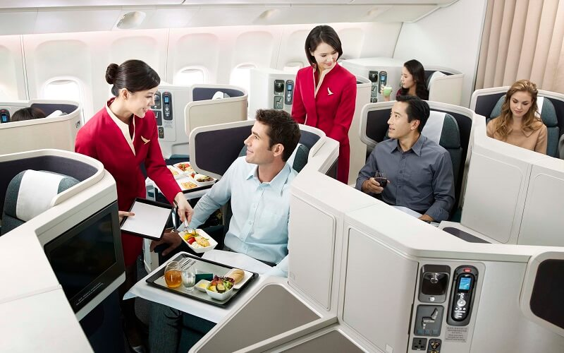 обслуживание на рейсе авиакомпании CATHAY PACIFIC