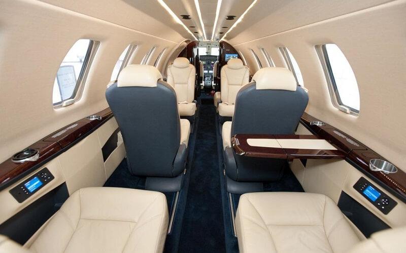 борт самолёта Hahn Air
