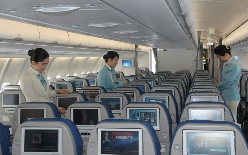 борт самолёта Korean Air