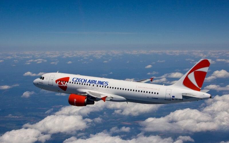 самолёт авиакомпании Czech Airlines