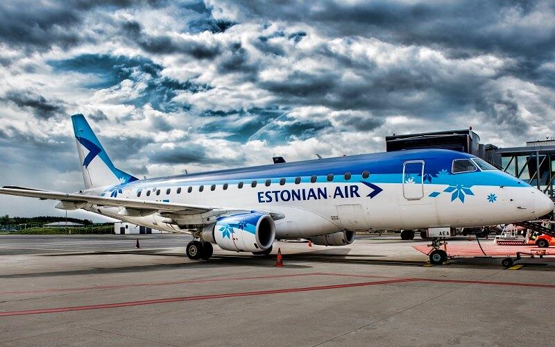 самолёт Estonian Air