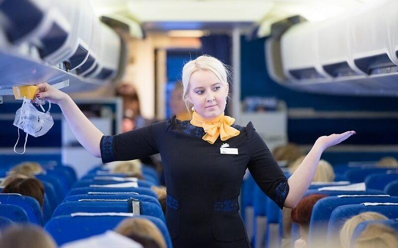 сервис на борту Estonian Air