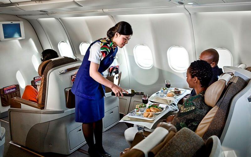 питание в самолетах авиалинии South African Airways