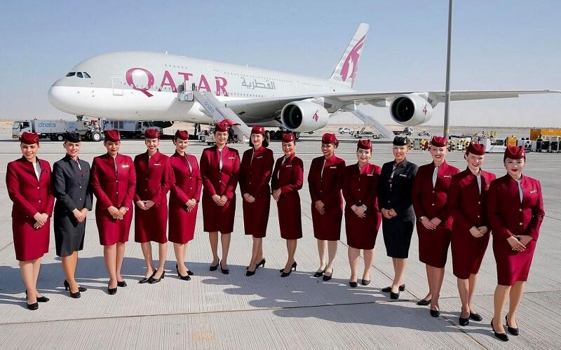 сотрудники авиакомпании Катар Эйрвейвс