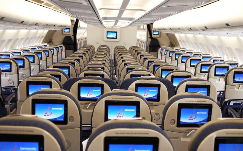 салон самолета авиакомпании Brussels Airlines