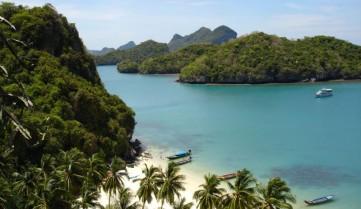 Вид на пляж, острів Самуї