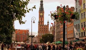 Польша увеличила выдачу виз украинцам