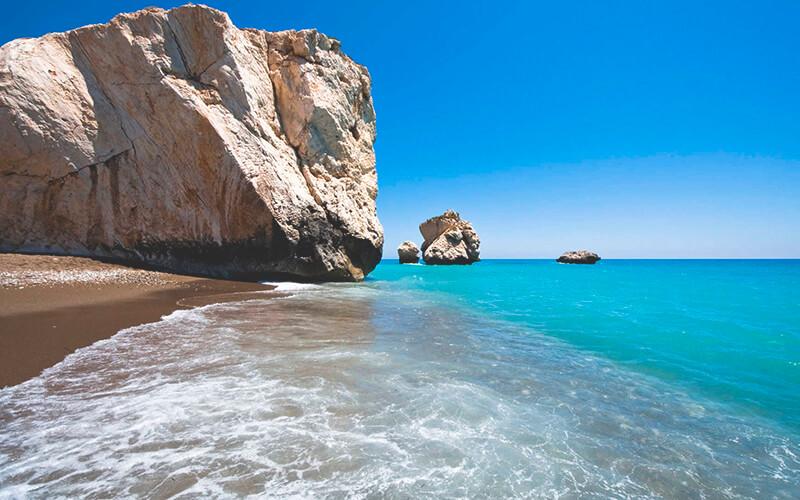 Как подобрать горящие туры на Кипр
