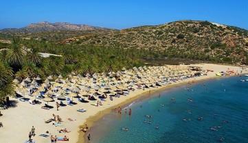 Курортный пляж острова Крит