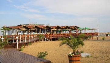 Пляжные бары, Албена