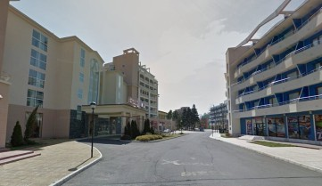 Улицы курорта Солнечный Берег