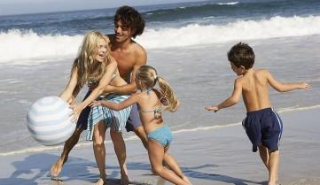 Семейный отдых на пляже