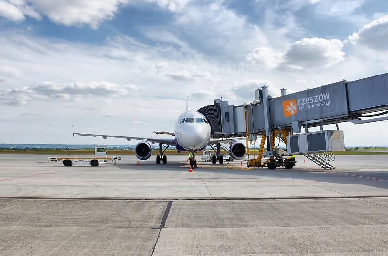 YanAir приглашает всех украинцев на новый рейс Киев – Москва – Киев