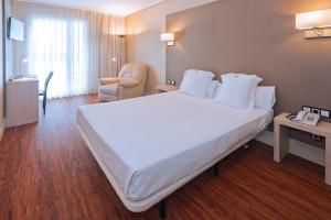 номер в готелі Regente Aragon Hotel 4*, Іспанія