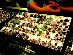 дорогоцінні камені М'янми