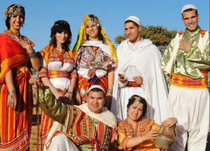 народные костюмы алжирцев