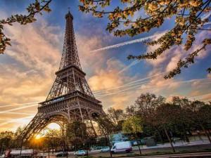 вылеты в Париж из Киева