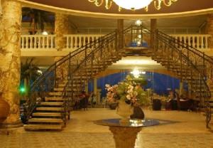 Хол отеля Royal Park Hotel 4*, Елените, Болгария
