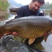 Рыболовный туризм… в Италии: на озере Лаго-ди-Пузиано начался небывалый клев!