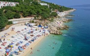 пляж в Allegro Hotel 3*, Рабац, Хорватия