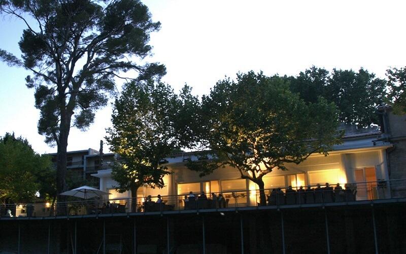 терраса ресторана La Reserve Rimbaud