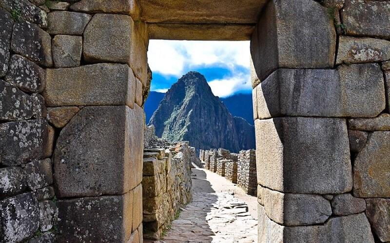 вершина горы Уайна-Пикчу