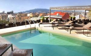 бассейн на крыше в Барселоне