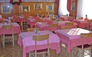 ресторан в отеле Gufo 3*, Бормио, Италия