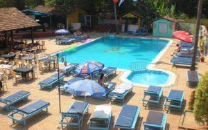 бассейн в отеле Village Royale 2*, Северный Гоа, Индия