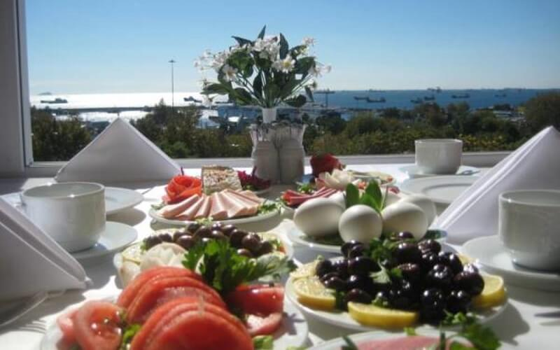 завтрак в Стамбуле