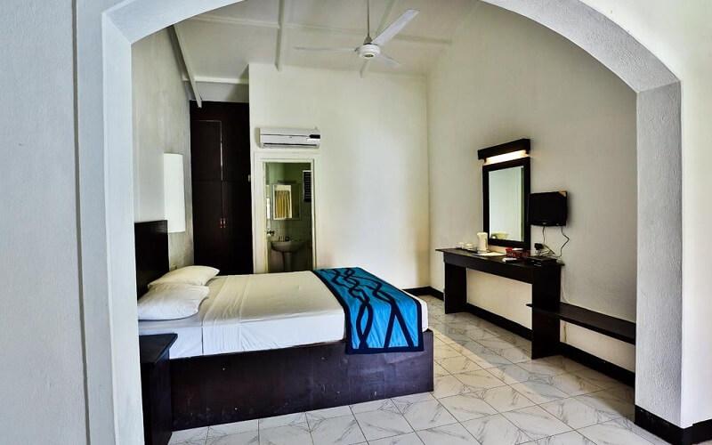 номер в Amagi Beach Hotel 3*, Маравила, Шри-Ланка