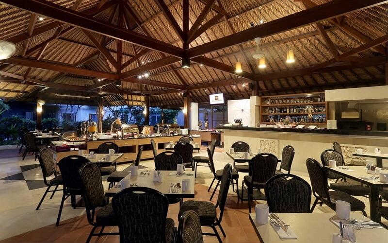 ресторан в отеле Kuta Central Park Hotel 4*, Индонезия, Кута (о. Бали)